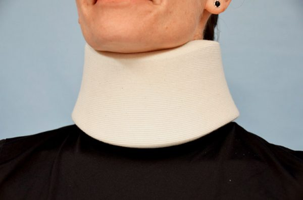 03035 - Semi-Rigid Foam Collar
